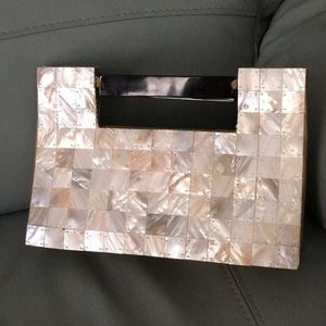 Handbags - Shell Purse
